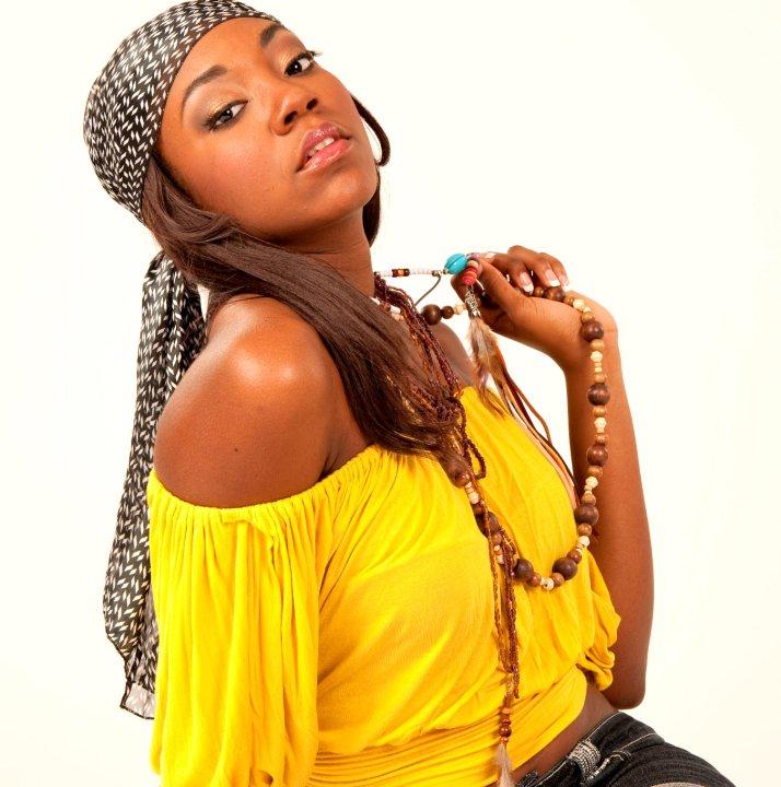 Tricia Jean Baptiste model. Photoshoot of model Tricia Jean Baptiste demonstrating Face Modeling.Face Modeling Photo #102638