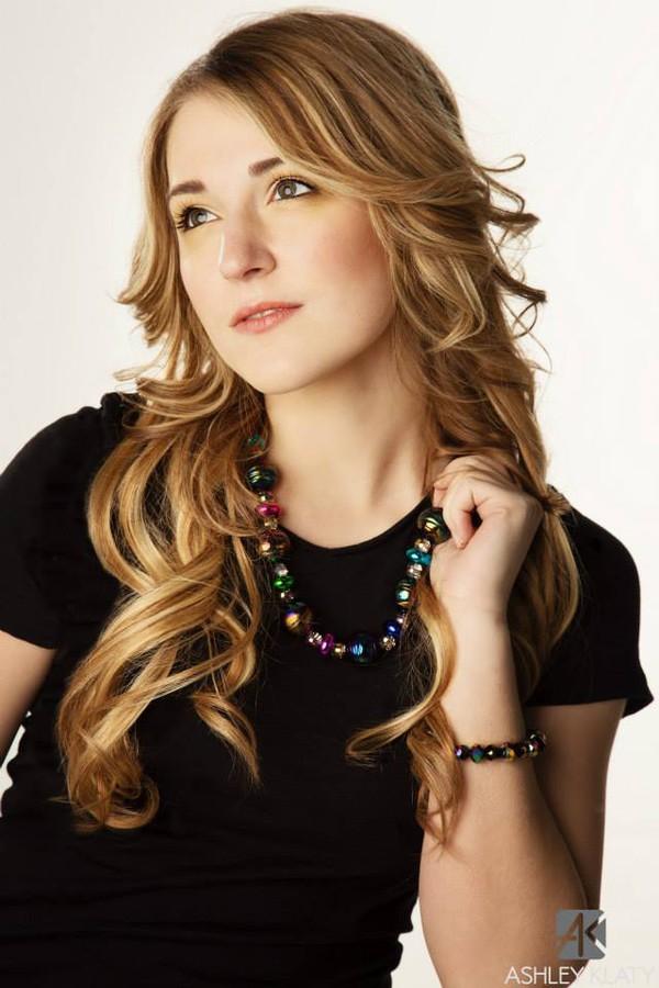 Trista Eleanor Taylor Model