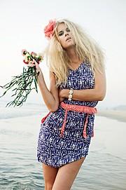 Tuva Heger model (modell). Photoshoot of model Tuva Heger demonstrating Fashion Modeling.Fashion Modeling Photo #93106