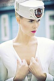 Tuva Heger model (modell). Photoshoot of model Tuva Heger demonstrating Face Modeling.Face Modeling Photo #93113