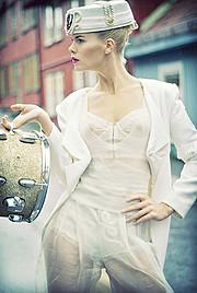 Tuva Heger model (modell). Photoshoot of model Tuva Heger demonstrating Fashion Modeling.Fashion Modeling Photo #93115