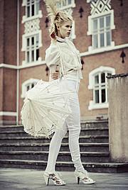 Tuva Heger model (modell). Photoshoot of model Tuva Heger demonstrating Fashion Modeling.Fashion Modeling Photo #93121