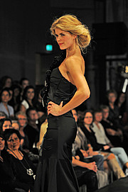 Tuva Heger model (modell). Photoshoot of model Tuva Heger demonstrating Runway Modeling.Runway Modeling Photo #93136