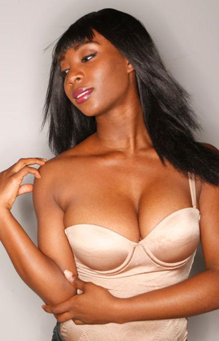 Ty Ish model. Photoshoot of model Ty Ish demonstrating Face Modeling.Face Modeling Photo #120596