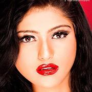 Uroosa Khan Makeup Artist