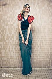 Valentina Frugiuele photographer (photographe). Work by photographer Valentina Frugiuele demonstrating Fashion Photography.Fashion Photography,Editorial Styling Photo #60879