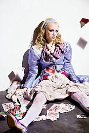 Valentina Frugiuele photographer (photographe). Work by photographer Valentina Frugiuele demonstrating Fashion Photography.Fashion Photography,Editorial Styling Photo #60888
