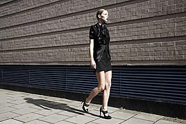 Valentina Frugiuele photographer (photographe). Work by photographer Valentina Frugiuele demonstrating Fashion Photography.Fashion Photography,Editorial Styling Photo #60890