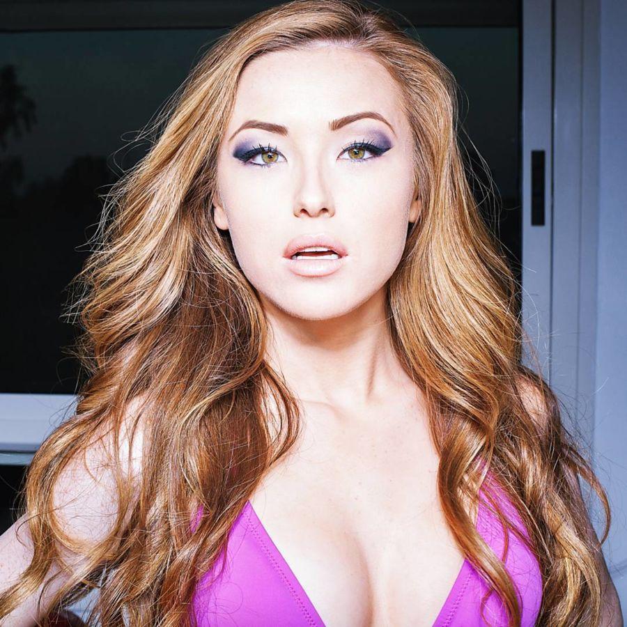 Valeria Gurevich model. Photoshoot of model Valeria Gurevich demonstrating Face Modeling.Face Modeling Photo #197575