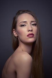 Valeria Kuzina model. Photoshoot of model Valeria Kuzina demonstrating Face Modeling.Face Modeling Photo #198930