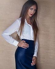 Valeria Kuzina model. Valeria Kuzina demonstrating Fashion Modeling, in a photoshoot by Andrew Lobzov.photographer: Andrew LobzovFashion Modeling Photo #198972