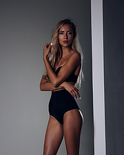 Valeria Kuzina model. Photoshoot of model Valeria Kuzina demonstrating Body Modeling.Body Modeling Photo #202481