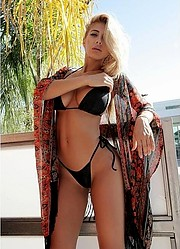 Valeria Orsini model. Photoshoot of model Valeria Orsini demonstrating Body Modeling.SwimwearBody Modeling Photo #103575