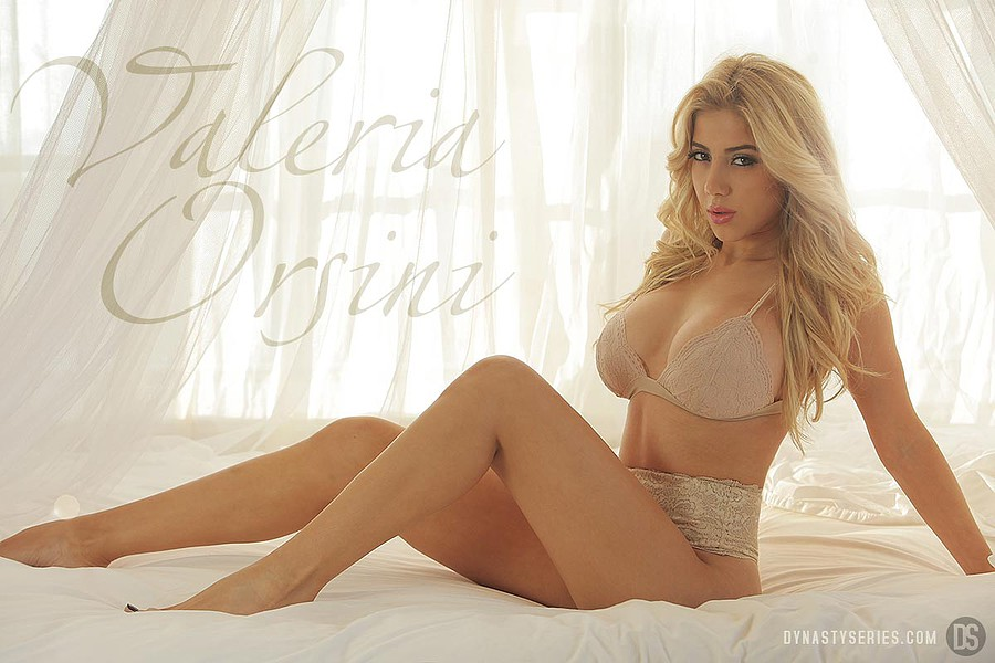 Valeria Orsini model. Photoshoot of model Valeria Orsini demonstrating Body Modeling.LingerieBody Modeling Photo #103602