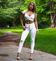 Valeria Orsini model. Photoshoot of model Valeria Orsini demonstrating Fashion Modeling.Fashion Modeling Photo #189485