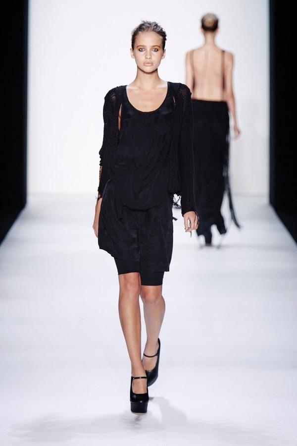 Valeria Sokolova model. Photoshoot of model Valeria Sokolova demonstrating Runway Modeling.Runway Modeling Photo #139957