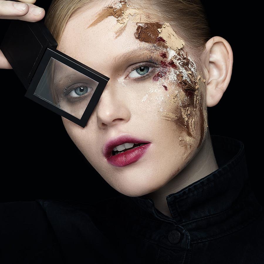 Valeriia Khilko model. Photoshoot of model Valeriia Khilko demonstrating Face Modeling.Face Modeling Photo #178216