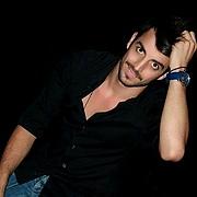 Vasileios Vlachos model (μοντέλο). Photoshoot of model Vasileios Vlachos demonstrating Face Modeling.Face Modeling Photo #189304
