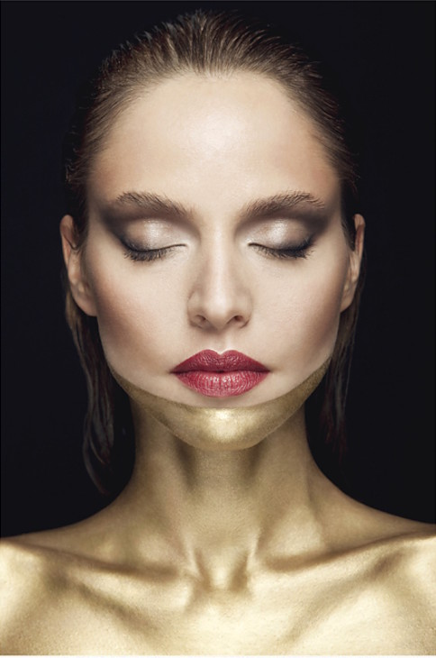 Vasilis Topouslidis photographer (φωτογράφος). Work by photographer Vasilis Topouslidis demonstrating Portrait Photography.Dor Beauty Photoshoot photo / Vasilis Topouslidis make up / Katerina Theofilopoulou model / Marilena Bairaba #beauty #photogr