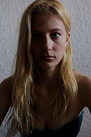 Venetia Psomiadou (Βενετία Ψωμιάδου) model & actress. Photoshoot of model Venetia Psomiadou demonstrating Face Modeling.Face Modeling Photo #198616