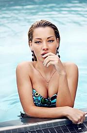 Veronika Kravchuk (Verónika Kravchuk) model & tv host. Photoshoot of model Veronika Kravchuk demonstrating Face Modeling.Face Modeling Photo #123786