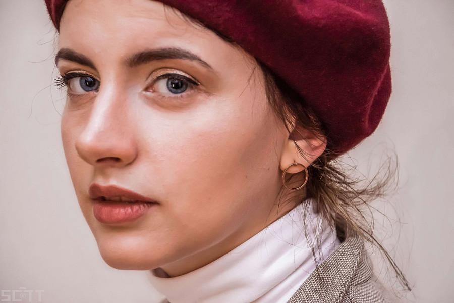 Violeta Eleni Bligiannou model. Photoshoot of model Violeta Eleni Bligiannou demonstrating Face Modeling.Face Modeling Photo #195148