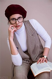 Violeta Eleni Bligiannou model. Photoshoot of model Violeta Eleni Bligiannou demonstrating Commercial Modeling.Commercial Modeling Photo #195149