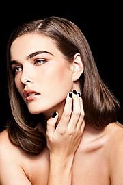 Vivianne Tran makeup artist & hair stylist. Work by makeup artist Vivianne Tran demonstrating Beauty Makeup.Beauty Makeup Photo #44216