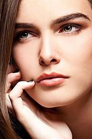 Vivianne Tran makeup artist & hair stylist. Work by makeup artist Vivianne Tran demonstrating Beauty Makeup.Beauty Makeup Photo #44218