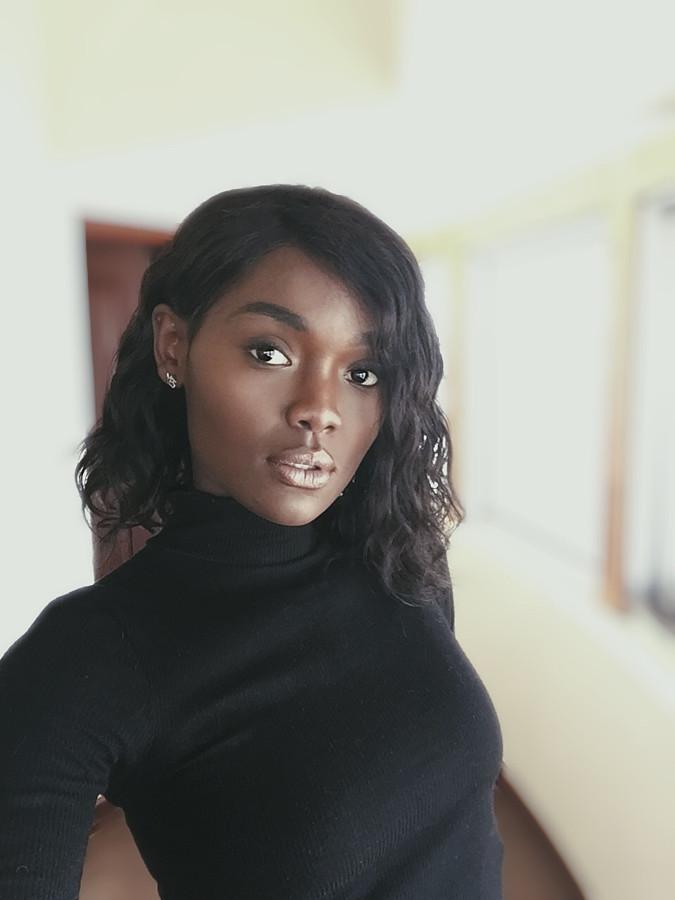 Maryanne Wairimu model. Photoshoot of model Wairimu Maryanne demonstrating Face Modeling.Face Modeling Photo #207804