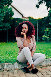 Winie Roica is a Tanzanian Model currently based in Nairobi Kenya. Winie's dreams is to be an international model and she has never been in