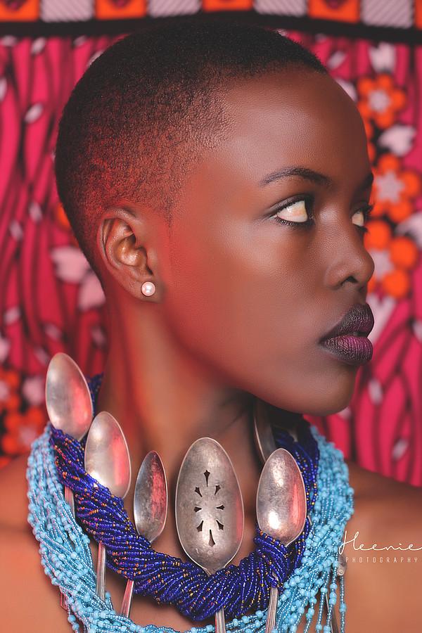 Winnie Wanja model. Photoshoot of model Winnie Wanja demonstrating Face Modeling.Necklace,AirbrushFace Modeling Photo #171696