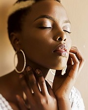 Winnie Wanja is a freelance model based in Nairobi. Her work experience includes fashion photoshoots for catalogues;lookbooks for designers