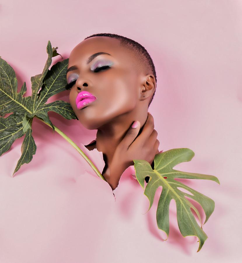 Winnie Wanja model. Photoshoot of model Winnie Wanja demonstrating Face Modeling.Urban Visuals Studio PhotographyFace Modeling Photo #195411
