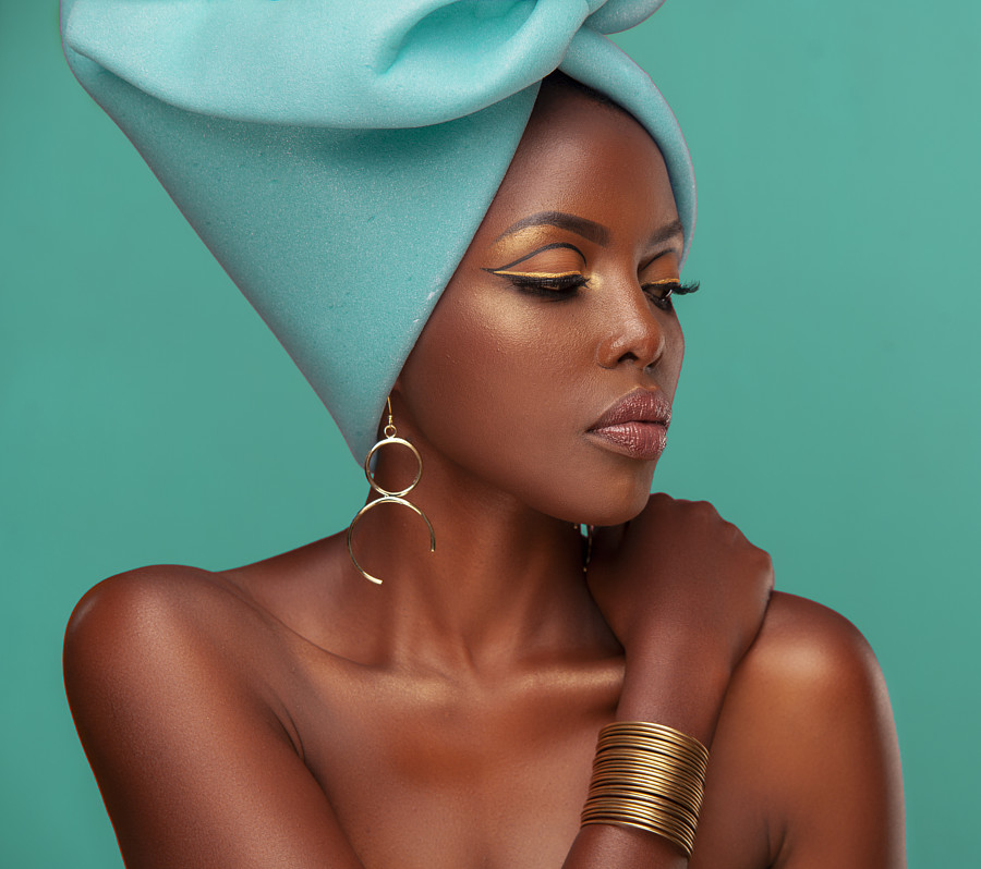 Winnie Wanja model. Winnie Wanja demonstrating Face Modeling, in a photoshoot by Aggrey Ojiambo with makeup done by Mokeira Oyaro.Jewellery - Kaleidoscope Beautyhttps://kaleidoscopebeauty.co.uk/Photographer Aggrey OjiamboMakeup Mokeira OyaroFace Mo