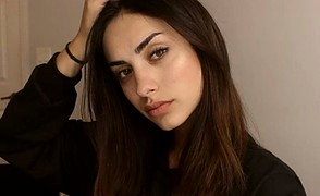 Xara Stergiou model (μοντέλο). Photoshoot of model Xara Stergiou demonstrating Face Modeling.Face Modeling Photo #223818