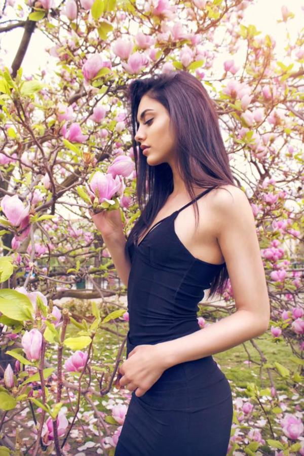 Xara Stergiou model (μοντέλο). Photoshoot of model Xara Stergiou demonstrating Fashion Modeling.Fashion Modeling Photo #223836