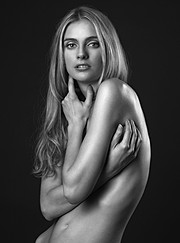 Yana Ultra model (Яна Ультра модель). Photoshoot of model Yana Ultra demonstrating Body Modeling.Body Modeling Photo #78107