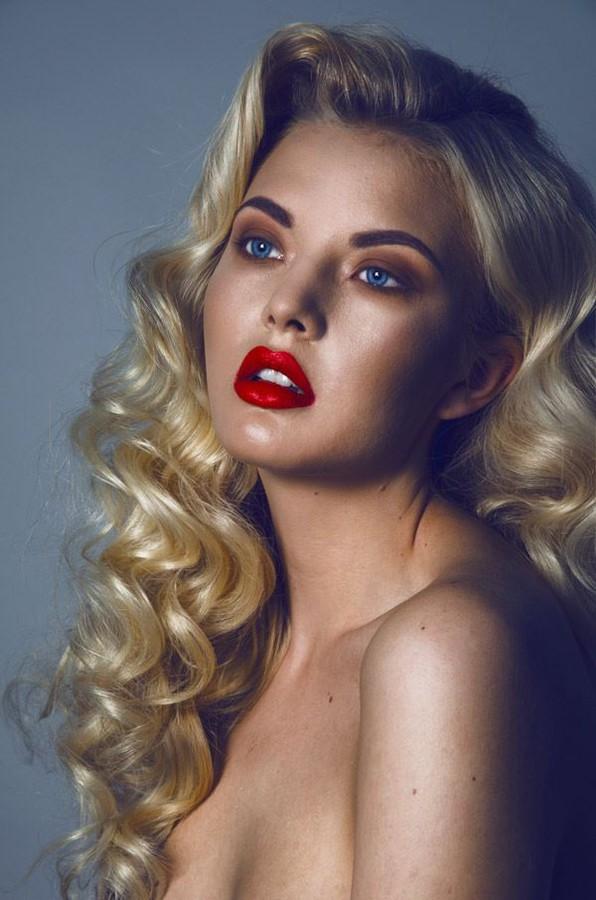 Yiannis Kasimis makeup artist (μακιγιέρ). Work by makeup artist Yiannis Kasimis demonstrating Beauty Makeup.Beauty Makeup Photo #113298