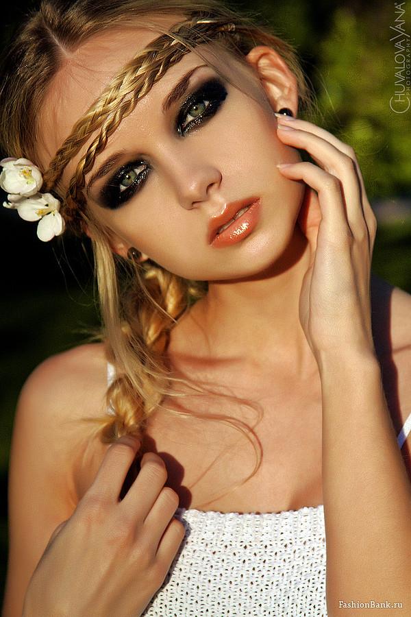 Yulia Bukreeva makeup artist (Юля Букреева визажист). Work by makeup artist Yulia Bukreeva demonstrating Beauty Makeup in a photoshoot by Yana Chuvalova.photographer: Yana ChuvalovaBeauty Makeup Photo #57551