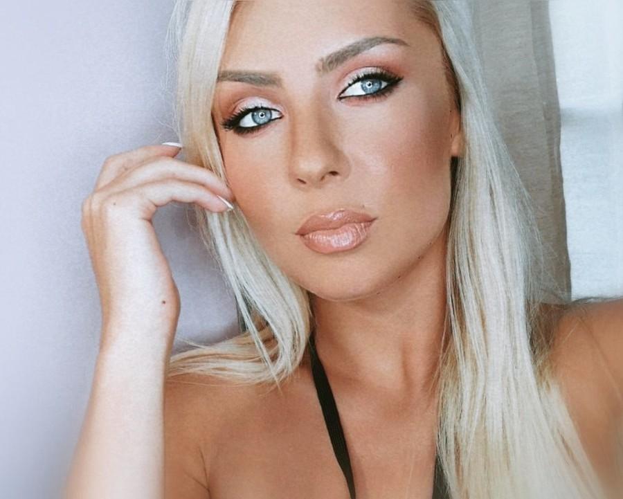 Yuliya Kudrik Μοντέλο