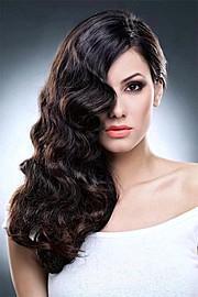 Zayneb Azzam model. Photoshoot of model Zayneb Azzam demonstrating Face Modeling.Face Modeling Photo #112647