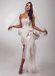 Zayneb Azzam model. Photoshoot of model Zayneb Azzam demonstrating Fashion Modeling.Fashion Modeling Photo #174423