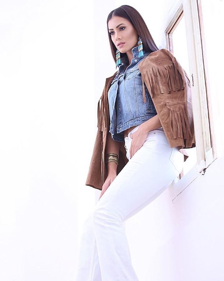 Zayneb Azzam model. Photoshoot of model Zayneb Azzam demonstrating Fashion Modeling.Fashion Modeling Photo #174425